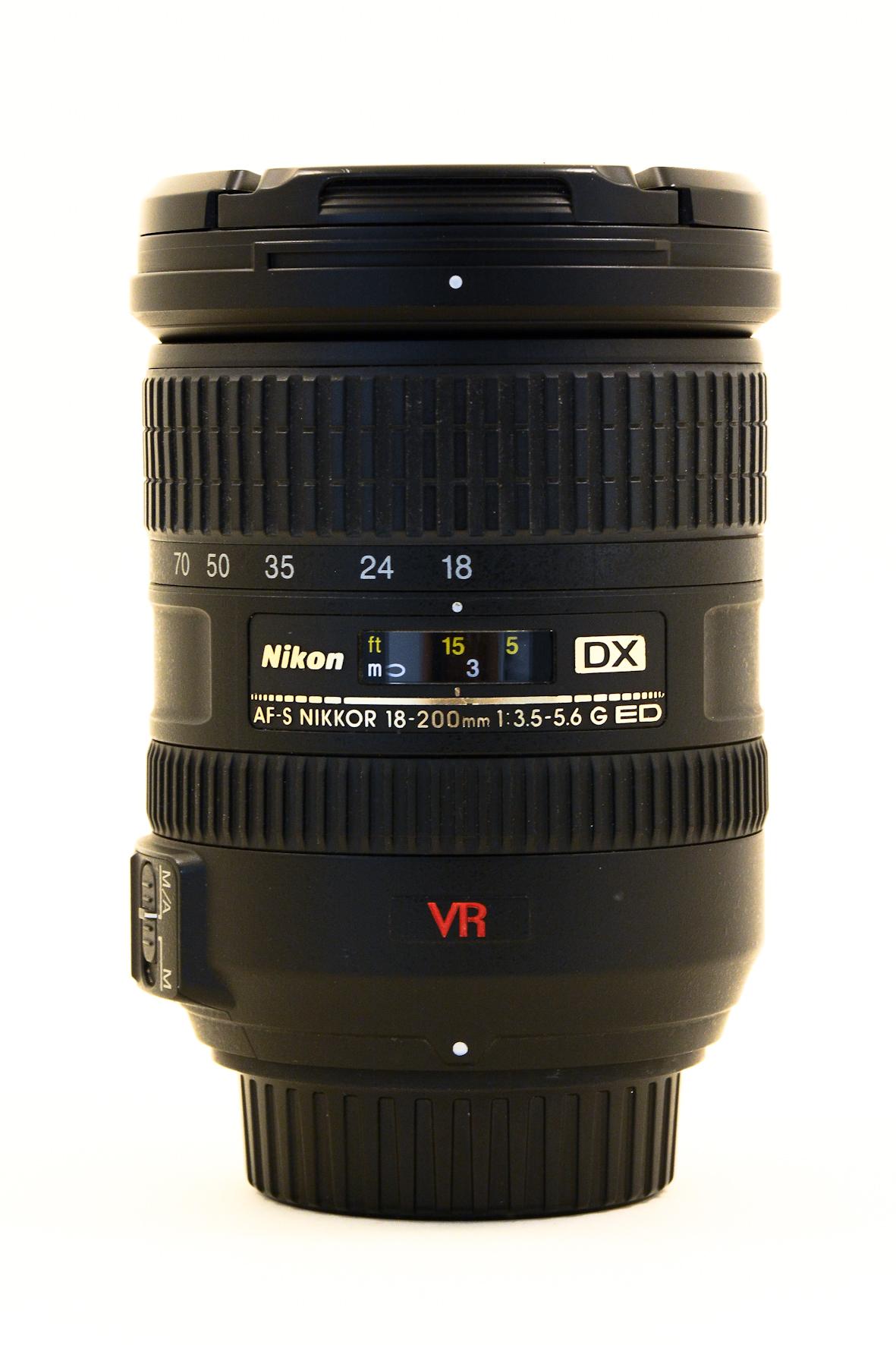NIKON 18-200 AFS VR DX